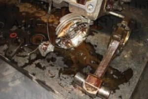 Гидроудар - сломанный поршень и шатун